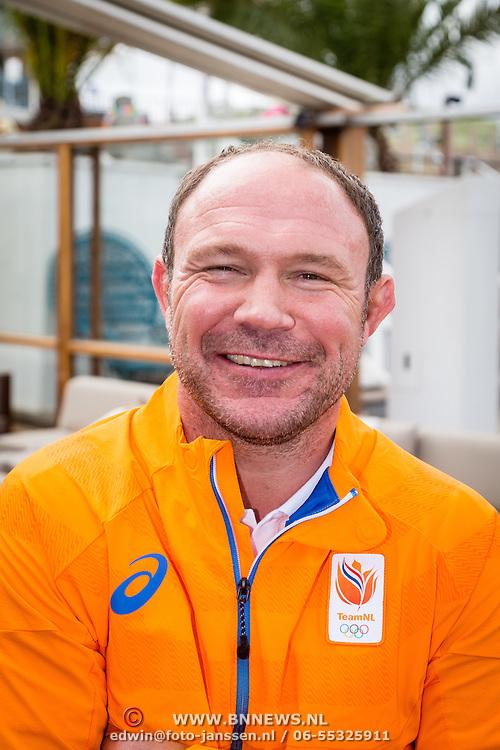 NLD/Scheveningen/20160713 - Perspresentatie judoka's voor de Olympische Spelen 2016 in Rio de Janeiro, bondscoach Maarten Arens
