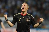 Fotball<br /> VM 2010<br /> Tyskland v Argentina<br /> 03.07.2010<br /> Foto: DPPI/Digitalsport<br /> NORWAY ONLY<br /> <br /> JOY GERMANY - BASTIAN SCHWEINSTEIGER