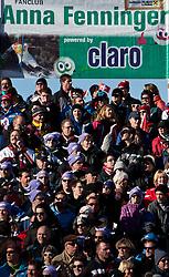 08.02.2011, Kandahar, Garmisch Partenkirchen, GER, FIS Alpin Ski WM 2011, GAP, Lady Super G, im Bild Zuschauer vor einem Anna Fenninger Fanclub Plakat mit Claro Aufschrift // Spectators in front of a fan club poster with Anna Fenninger during Women Super G, Fis Alpine Ski World Championships in Garmisch Partenkirchen, Germany on 8/2/2011, 2011, EXPA Pictures © 2011, PhotoCredit: EXPA/ J. Feichter