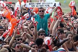 Público no show da Banda Strike durante o Planeta Atlântida 2013/RS, que acontece nos dias 15 e 16 de fevereiro na SABA, em Atlântida. FOTO: Itamar Aguiar/Preview.com