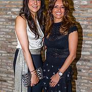 NLD/Amsterdam//20170410 - Free a Girl Celebrity Night, Karin de Rooi met de dochter van Ruud Gullit