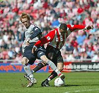 Photo. Andrew Unwin, Digitalsport<br /> NORWAY ONLY<br /> <br /> Sunderland v Crewe Alexandra, Nationwide League Division One, Stadium of Light, Sunderland 01/05/2004.<br /> Sunderland's Jeff Whitley (r) is tackled by Crewe's Steve Jones (l).