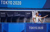 TOKIO -  coach Sjoerd Marijne (IND) en assistent-coach Janneke Schopman (IND) tijdens de wedstrijd dames , Nederland-India (5-1) tijdens de Olympische Spelen   .   COPYRIGHT KOEN SUYK