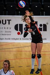 02-02-2019 NED: Regio Zwolle Volleybal - Sliedrecht Sport, Zwolle<br /> Round 16 of Eredivisie volleyball - Sliedrecht win the match 3-2 / Nova Marring #6 of Zwolle