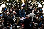 20210523/ Javier Calvelo - adhocFOTOS/ URUGUAY/ MONTEVIDEO/ Palacio Legislativo/ Velatorio de Jorge Larrañaga en el Salón de los Pasos Perdidos del Palacio Legislativo con honores de ministro de Estado.<br /> En la foto:   Velatorio de Jorge Larrañaga en el Salón de los Pasos Perdidos del Palacio Legislativo en Montevideo. Foto: Javier Calvelo / adhocFOTOS