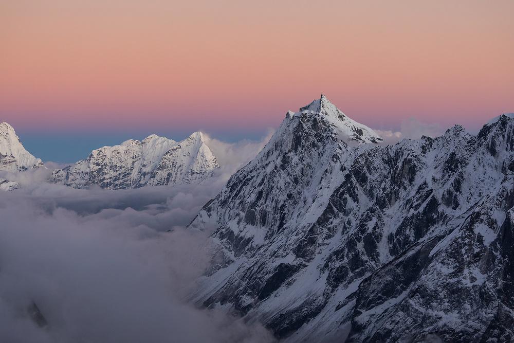 Kyashar, Kwangde Lho, Kongde Ri and Mera Peak looking from Tashi Lapcha Pass towards Namche