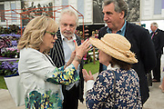 TWIGGY; IMELDA STAUGHTON, Press view of the 2016 RHS  Chelsea Flower Show,  London.