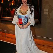 NLD/Amsterdam/20101108 - Presentatie musicalboek Joop van der Ende Stichting, Joke de Kruijff