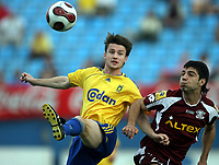 Fotball , 19. januar 2007 ,  Maspalonas , Grand Canaria , Brøndby - Rapid de Bucarest  <br /> Mads Jørgensen , Brondby<br /> Constantin Marius , Rapid
