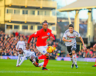 Lucas Piazon of Fulham and Gaetan Bong of Brighton and Hove Albion during the Sky Bet Championship match at Craven Cottage, London<br /> Picture by Richard Brooks/Focus Images Ltd 07947656233<br /> 02/01/2017