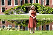 Zomerfotosessie 2019 bij Paleis Huis ten Bosch in Den Haag<br /> <br /> Summer photo session 2019 at Palace Huis ten Bosch in The Hague<br /> <br /> Op de foto / On the photo: Prinses Amalia / Princess Amalia