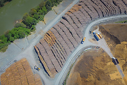 A Klabin, maior produtora e exportadora de papéis do Brasil, é líder na produção de papéis e cartões para embalagens, embalagens de papelão ondulado e sacos industriais, além de comercializar madeira em toras. A unidade de Otacílio Costa faz a comercialização de toras de pínus, parcerias florestais (fomento) e compra de madeira. FOTO: Jefferson Bernardes/ Agência Preview