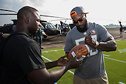January 27 2016: San Francisco NaVorro Bowman signs an autograph during the Pro Bowl Draft at Wheeler Army Base on Oahu, HI. (Photo by Aric Becker/Icon Sportswire)