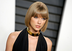 Taylor Swift arrives at the 2016 Vanity Fair Oscar Party Hosted By Graydon Carter at Wallis Annenberg Center for the Performing Arts on February 28, 2016 in Beverly Hills, California. EXPA Pictures © 2016, PhotoCredit: EXPA/ Photoshot/ Dennis Van Tine<br /><br />*****ATTENTION - for AUT, SLO, CRO, SRB, BIH, MAZ only*****