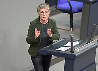 DEU, Deutschland, Germany, Berlin, 20.11.2020: Britta Haßelmann, Parlamentarische Geschäftsführerin von BÜNDNIS 90/DIE GRÜNEN, bei einer Rede im Plenarsaal des Deutschen Bundestags.