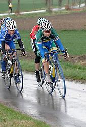 03-04-2006 WIELRENNEN: COURSE DOTTIGNIES: BELGIE<br /> Suzanne de Goede wordt derde in het rondje Dottiegnies / aa cycling team<br /> ©2006-WWW.FOTOHOOGENDOORN.NL