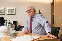15 JAN 2013, BERLIN/GERMANY:<br /> Frank-Walter Steinmeier, SPD Fraktionsvorsitzender, waehrend einem Interview, in seinem Buero, Jakob-Kaiser-Haus, Deutscher Budnestag<br /> IMAGE: 20130115-01-008<br /> KEYWORDS: Büro