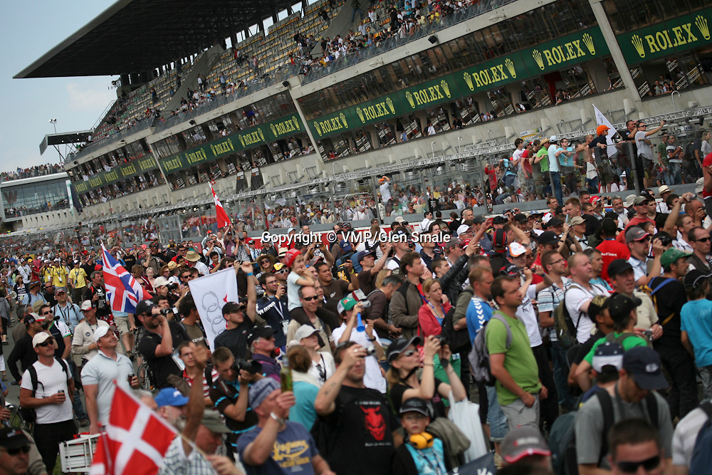 Crowd at Finish Line announcing the winner, Le Mans 24H 2010