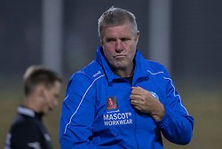 En irriteret cheftræner Kent Nielsen (Silkeborg IF) under kampen i 1. Division mellem FC Helsingør og Silkeborg IF den 11. september 2020 på Helsingør Stadion (Foto: Claus Birch).