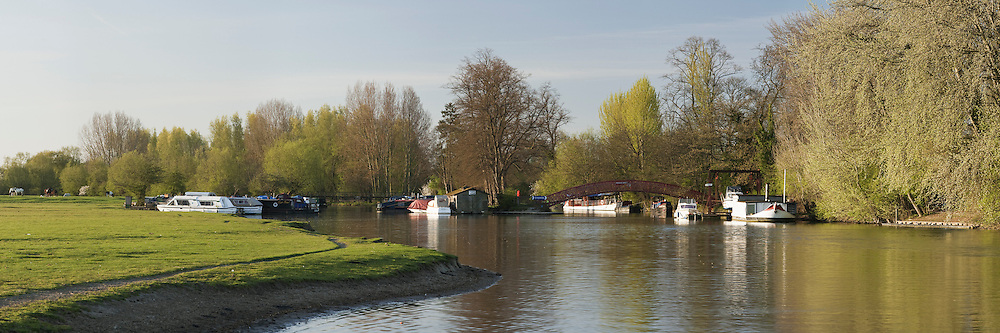 Bossom's Boatyard on the River Thames at dawn, Port Meadow, Oxford, Uk