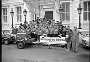 29/03/1978.03/29/1978.29th March 1978..Photograph of the thirty-two firemen left the Mansion House, Dublin, this morning pushing a fire fighting water pump..They will operate in teams of four and hope to reach Cork in twenty-four hours. The money raised will be given to Unicef.