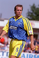 Paul Holmes - Torquay. Kidderminater Harriers v Torquay United. League Division Three, 12/8/00. Credit Colorsport / Nick Kidd.