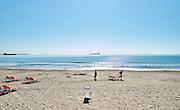 Langs het strand van La Pineda, Tarragona - Along the beach of La Pineda, Tarragona
