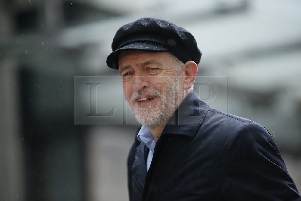 © Licensed to London News Pictures. 15/01/2017. London, UK. Labour party leader JEREMY CORBYN arrives at BBC Broadcasting House in London to appear on The Andrew Marr show on BBC One on. Photo credit: Tolga Akmen/LNP