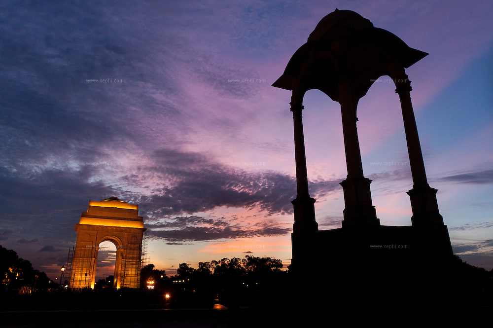 India Gate at sunset