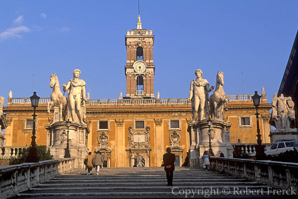 ITALY, ROME Capitoline Hill, Piazza del Campidoglio, the Palazzo Senatorio, designed by Michelangelo