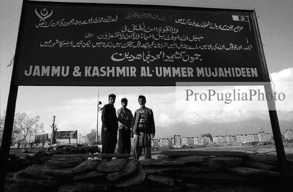 Jammu & Kashmir: Srinagar 1994<br /> Photoreportage by Kash Gabriele Torsello