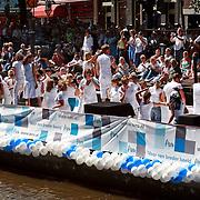 NLD/Amsterdam/20070804 - Gaypride Canalparade 2007, boot van de avro