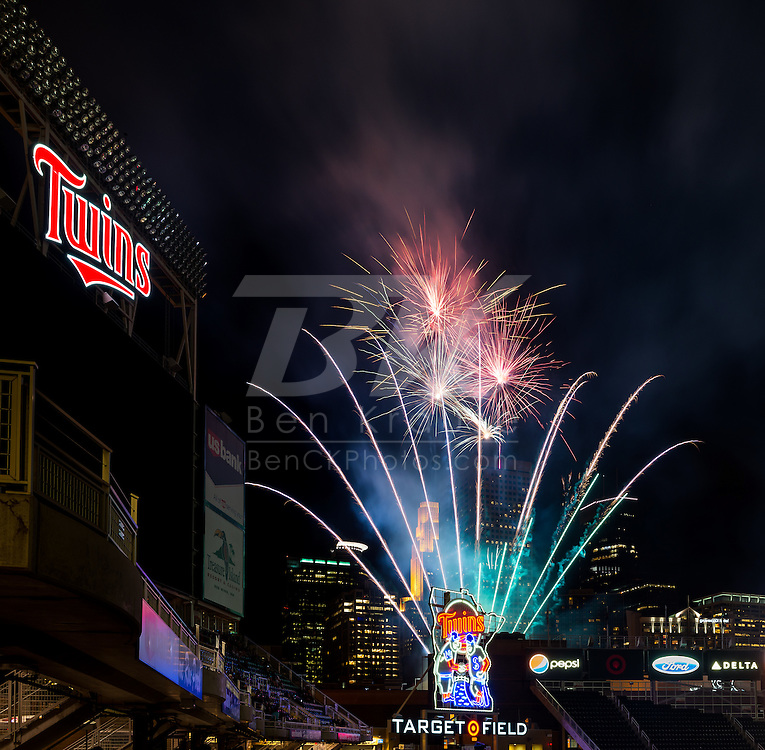 A post-game fireworks show after the Minnesota Twins and Seattle Mariners played on May 31, 2013 at Target Field in Minneapolis, Minnesota.  The Mariners defeated the Twins 3 to 0.  Photo: Ben Krause