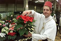 DEC 12 2000 Christmas Flower Show