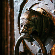 Bronze door knocker, Stratford Upon Avon, England (March 2007)