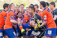 Eliteserien fotball 2015: Aalesund - Stabæk. Aalesunds Michael Barrantes Rojas (midten) kastes i luften av lagkameratene etter eliteseriekampen mellom Aalesund og Stabæk på Color Line Stadion.