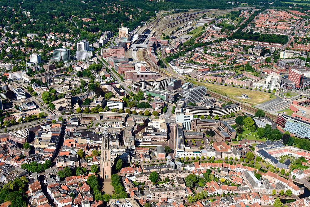 Nederland, Utrecht, Amersfoort, 17-07-2017; centrum Amersfoort met als bezienswaardigheden binnen de Stadsring aan het Hof de Sint-Joriskerk en de Onze Lieve Vrouwetoren. Station in de achtergrond.<br /> Center of Amersfoort with the Stadsring and historical sights.<br /> <br /> luchtfoto (toeslag op standard tarieven);<br /> aerial photo (additional fee required);<br /> copyright foto/photo Siebe Swart
