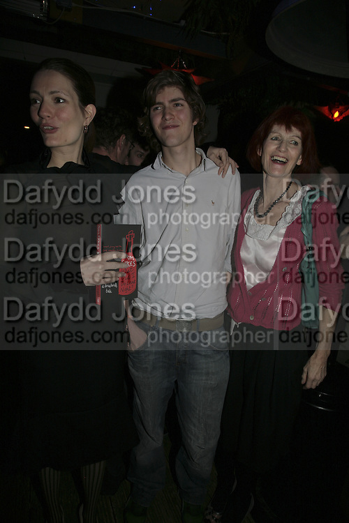 Plum Sykes, Josh Sykes and Valerie Goad ,  Book launch for ' What Did I Do last night' by Tom Sykes. Century Club. Shaftesbury Ave. London. 16 January 2006. -DO NOT ARCHIVE-© Copyright Photograph by Dafydd Jones. 248 Clapham Rd. London SW9 0PZ. Tel 0207 820 0771. www.dafjones.com.