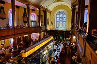 République d'Irlande, Dublin, The Church, ancienne église transformée en pub et restaurant bar de nuit // Republic of Ireland, Dublin, the Church, Former St. Mary church used as a restaurant bar, Near Henry Street