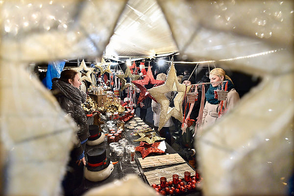 Nederland, Huissen, 15-12-2013Kerstmarkt in deze plaats in Gelderland.Foto: Flip Franssen/Hollandse Hoogte