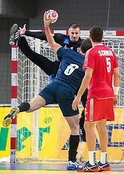 06.01.2019, Olympiaworld, Innsbruck, AUT, Österreich vs Griechenland, Continental Cup, im Bild v.l. Thomas Bauer (AUT), Ioannis Basmalis (GRE), Dominik Schmid (AUT) // v.l. Thomas Bauer (AUT), Ioannis Basmalis (GRE), Dominik Schmid (AUT) during the handball Continental Cup match between Austria and Griechenland at the Olympiaworld in Innsbruck, Austria on 2019/01/06. EXPA Pictures © 2019, PhotoCredit: EXPA/ Johann Groder