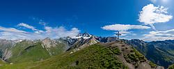 THEMENBILD - Panoramaansicht Grossglockner (Glockner), höchster Berg Österreichs (3798m), Gipfelkreuz Figerhorn (2.742 m) sowie umliegende Gipfel der Glocknergruppe, Sommer, am Montag 05. August 2019, Kals am Großglockner, Nationalpark Hohe Tauern, Österreich // Panorama view Grossglockner (Glockner), highest mountain of Austria with 3.798 meter sea level (L), summit cross Figerhorn 2.742 meter sea level (R) and surrounding peaks of the Glockner group, summer, on Monday 05. August 2019, Kals am Grosglockner, Hohe Tauern National Park. EXPA Pictures © 2019, PhotoCredit: EXPA/ Johann Groder<br /> <br /> *****ATTENTION - dieses Bilddatei ist in einer maximalen Grösse von 17052 x 6751 pixel (ca. 425 MB) verfügbar! // This image file is available in a maximum size of 17052 x 6751 pixels (about 425 MB)! *****