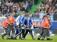 Fotball<br /> Tyskland<br /> 18.05.2014<br /> Foto: Witters/Digitalsport<br /> NORWAY ONLY<br /> <br /> Verletzung Johan Djourou (HSV)<br /> <br /> Fussball Bundesliga, Relegation Rueckspiel, <br /> SpVgg Greuther Fürth - Hamburger SV