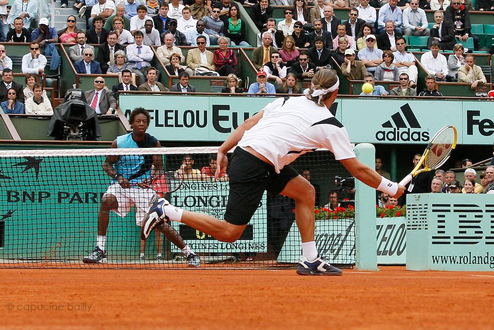 Roland Garros. Paris, France. June 1st 2007..3rd Round..David NALBANDIAN against Gael MONFILS.