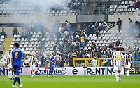 Scontri sugli spalti<br /> Torino 09/05/2010 Stadio Olimpico<br /> Juventus Parma 2-3 - Campionato di Serie A Tim 2009-10<br /> Foto Insidefoto
