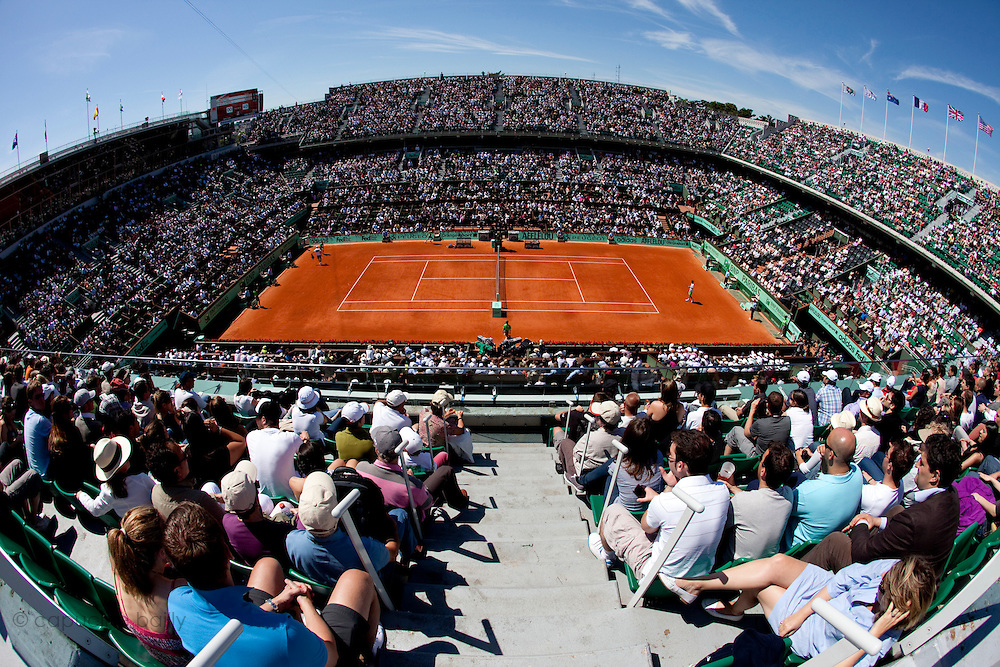 Roland Garros 2011. Paris, France. May 28th 2011..Court Philippe Chatrier during the game opposing Mardy FISH and Gilles SIMON