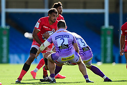 Rory Arnold of Toulouse is challenged by Luke Cowan-Dickie of Exeter Chiefs and Jonny Hill of Exeter Chiefs - Mandatory by-line: Ryan Hiscott/JMP - 26/09/2020 - RUGBY - Sandy Park - Exeter, England - Exeter Chiefs v Toulouse - Heineken Champions Cup Semi Final