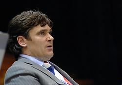 06-09-2006 BASKETBAL: NEDERLAND - SLOWAKIJE: GRONINGEN<br /> De basketballers hebben ook de tweede wedstrijd in de kwalificatiereeks voor het Europees kampioenschap in winst omgezet. In Groningen werd een overwinning geboekt op Slowakije: 71-63 / Bondscoach Marco van den Berg<br /> ©2006-WWW.FOTOHOOGENDOORN.NL
