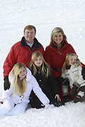 Fotosessie met de koninklijke familie in Lech /// Photoshoot with the Dutch royal family in Lech .<br /> <br /> Op de foto / On the photo:  Koningin Maxima, Koning Willem Alexander, Prinses Amalia, Prinses Alexia en Prinses Ariane ///// Queen Maxima, King Willem Alexander, Princess Amalia, Princess Alexia and Princess Ariane