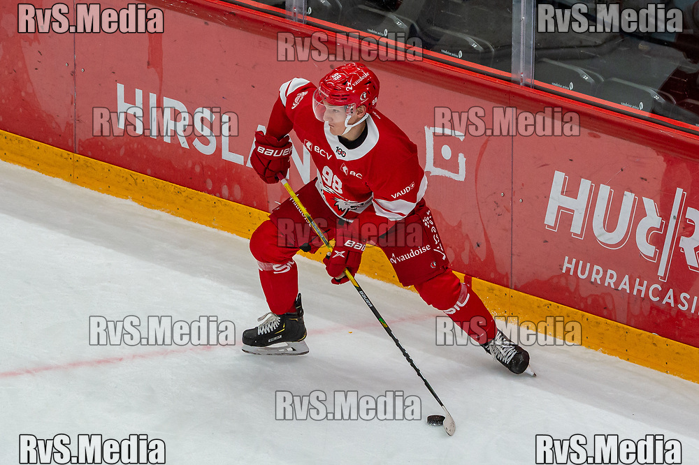 LAUSANNE, SWITZERLAND - OCTOBER 01: Benjamin Baumgartner #98 of Lausanne HC in action during the Swiss National League game between Lausanne HC and ZSC Lions at Vaudoise Arena on October 1, 2021 in Lausanne, Switzerland. (Photo by Robert Hradil/RvS.Media)